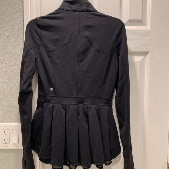 lululemon athletica Jackets & Blazers - Lululemon Very Rare Peplum Jacket in black